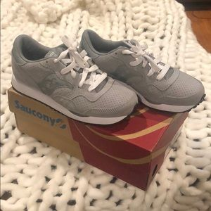 Brand new Saucony DXN Trainers